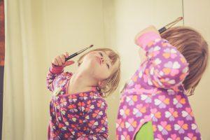 מדברים עבור מלאכיות הדממה: זכויות ילדים וילדות עם תסמונת רט